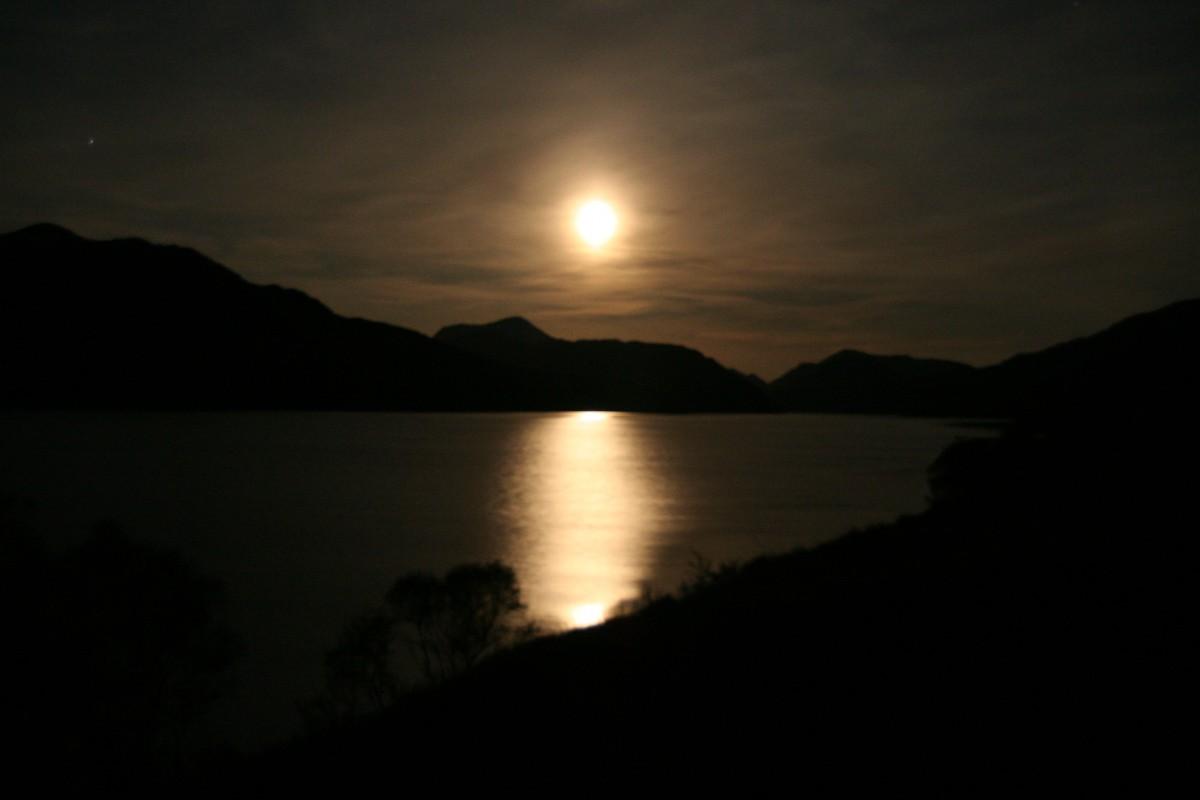 SM 1 Maanlicht op Loch Arkaig