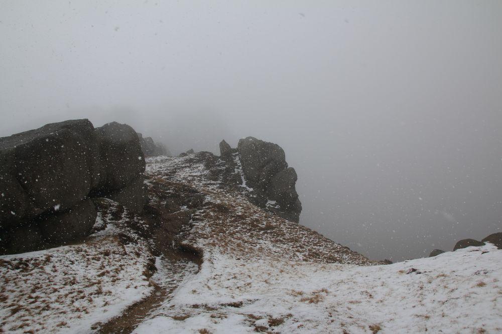 Sneeuw op de beinn Tarsuinn